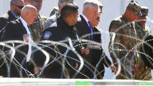"""""""Wir sind hier wegen der Migranten, die versuchen werden, illegal ins Land zu kommen"""""""
