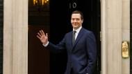 George Osborne bleibt Finanzminister und wird stellvertretender Premierminister.