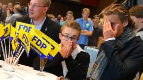 """Entsetzen, wo man hinsieht: die Wahl-""""Party"""" der FDP in Dresden"""