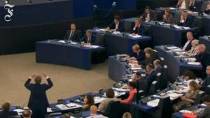 EU-Parlamentarier liest Tsipras die Leviten