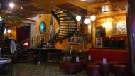 Nostalgiker willkommen: Hübsch plüschig gibt sich das Café des Arts in der Nähe des Museums der Geschichte.