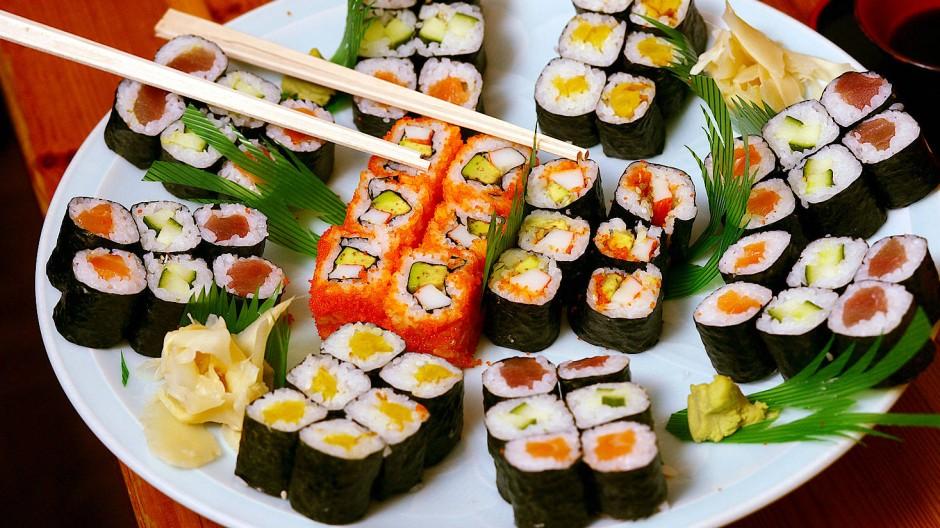 Viele Menschen lieben Sushi. Doch kennen sie deswegen schon die japanische Küche?