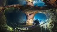 Mehr als 22 Kilometer lang sind die Bergschächte der Opalmine, einige davon sind mit Grundwasser gefüllt.