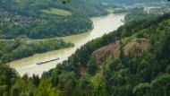 Wenn sich der Muskelkater meldet, dann kann man die Strecke mit einer Fahrt auf dem Donaudampfer abkürzen.