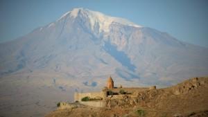 Im Schatten des Berges Ararat