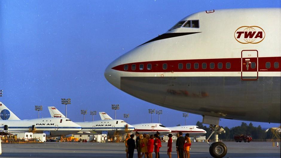 Nase vorn: Eine 747 von Condor im Mai 1971.