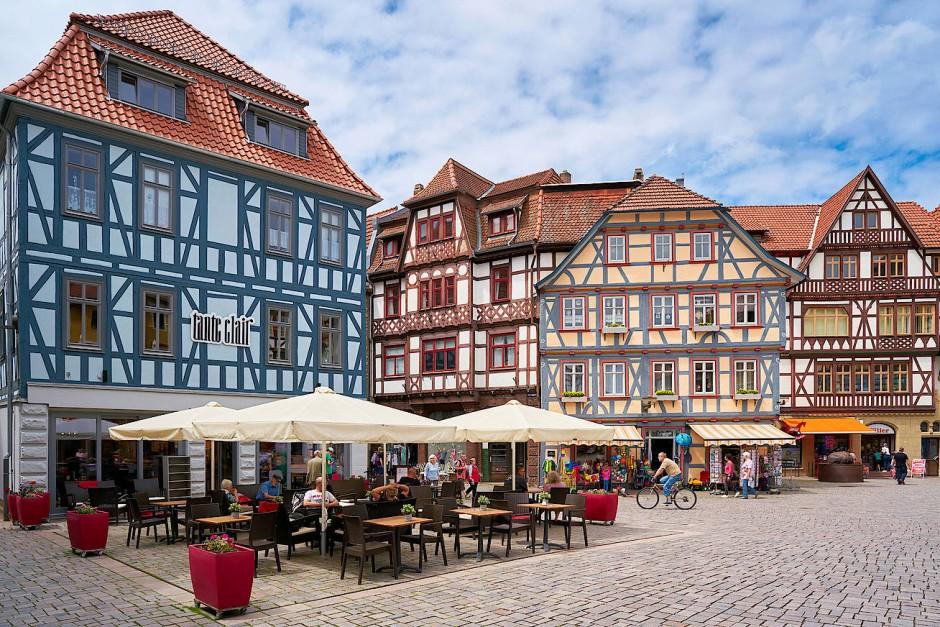 Hübsch zurechtgepinselt: Cafe in der historischen Altstadt von Schmalkalden.