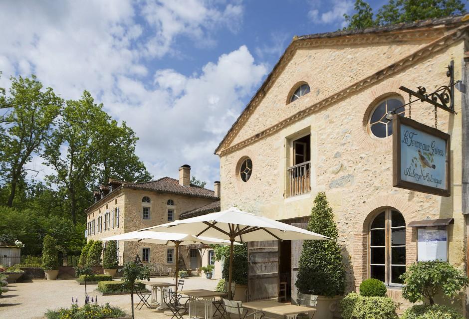 """In Eugénie-les-Bains lebt das alte Frankreich weiter: In der """"Ferme aux Grives"""" gibt es Rustikales."""