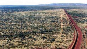 Das unvorstellbare Rot des Wüstenstaubs