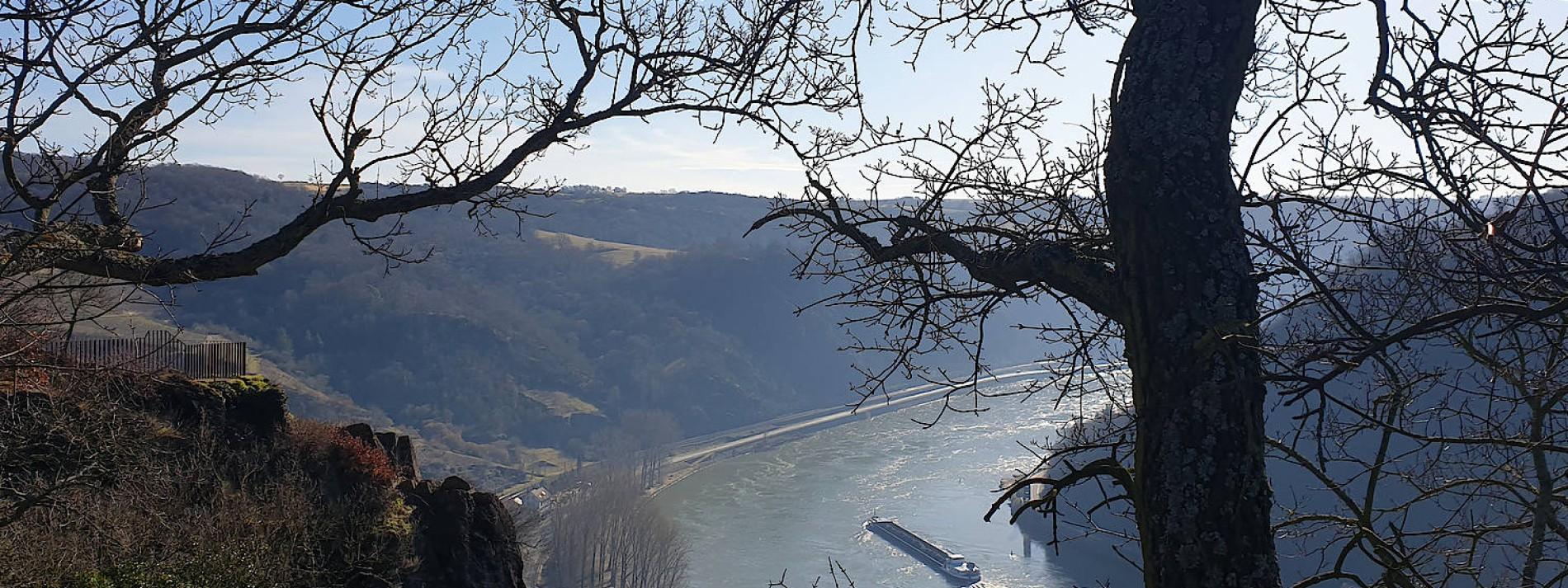 Die bezaubernde Blondine vom Mittelrhein