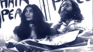 In John Lennons Nachthemd