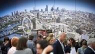 Hier trifft sich die Welt, im wirklichen Leben genauso wie im Messealltag: der Stand Londons auf der IMEX.
