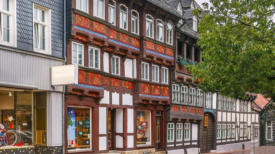 Die andere Seite der Stadt: Goslars Fachwerkhäuser erinnern an eine lange Geschichte und ruhmreiche Vergangenheit.