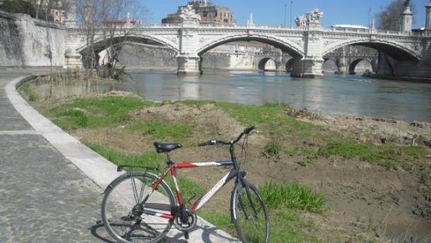 Am Tiber gehört Rom den Radlern