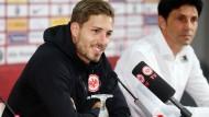 """Die letzten Eckpfeiler"""": Für Sportdirektor Bruno Hübner ist die Vertragsverlängerung mit Kevin Trapp (links) ein bedeutender Schritt."""