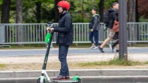 Applaus für geplantes Gehweg-Tabu für E-Tretroller