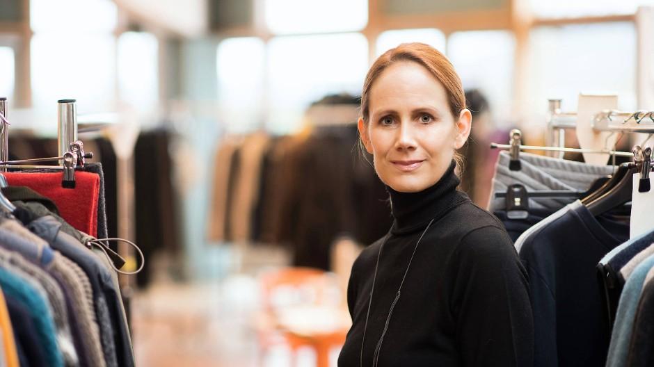 Krisengewinnerin: Geschäftsführerin Andrea Ebinger und die Mitarbeiterschaft von Hess Natur profitieren vom verstärkten Hang zu Loungewear und Outdoor-Bekleidung