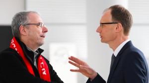 Opel-Betriebsrat hält sich zu Plänen der Chefetage bedeckt