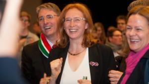 Stang bleibt Bürgermeisterin von Hofheim