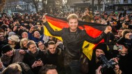 Nico Rosberg feiert in Wiesbaden