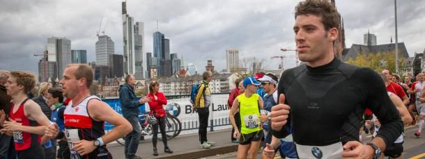 Sperrgebiet: Der Frankfurt Marathon legt am Sonntag den Autoverkehr  in der Innenstadt für einige Stunden lahm.
