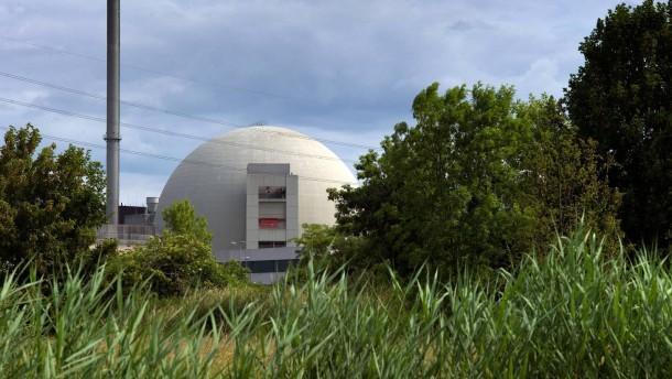 Atomkraftwerk Bilblis - Ansichten des AKW Biblis mit seinen Meilern.