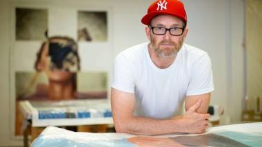 Jäger, Sammler, Cola-Brauer: Mike Bouchet in seinem Offenbacher Atelier.