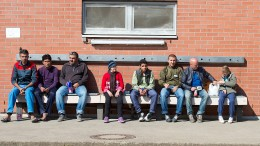 Lässt das Land Hessen die Flüchtlingspaten auf Kosten sitzen?