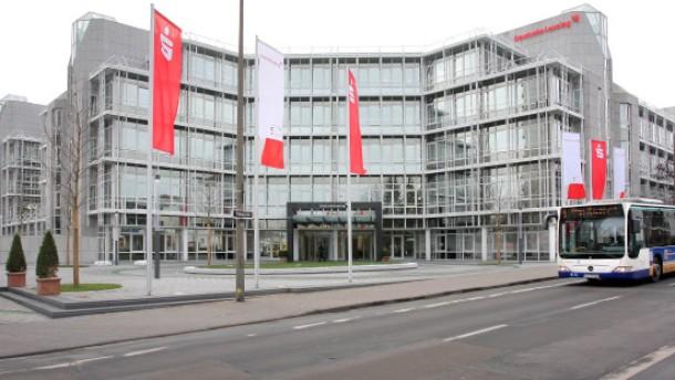 Deutsche Leasing baut Bank für Privatkredite auf