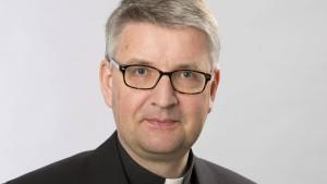 Neuer Mainzer Bischof will Seelsorger bleiben