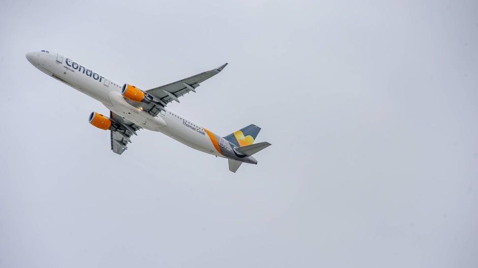 Gerettet: Die insolvente Fluggesellschaft Condor kann weiterfliegen.