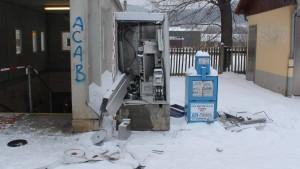 LKA warnt vor explosiven Fahrkartenautomaten