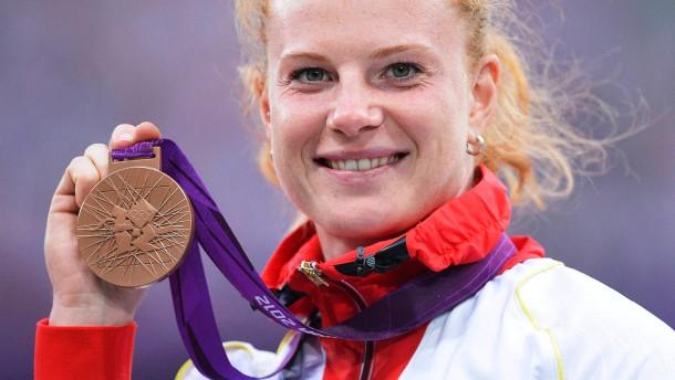 Silber am Reck und eine Bronzemedaille nach Maß