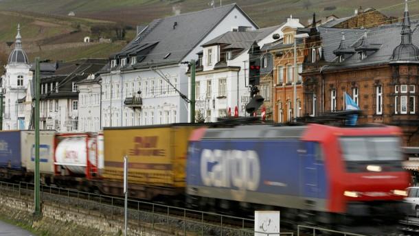 Rüdesheim will Bahntunnel vor Gericht durchsetzen
