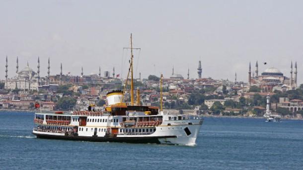 Wanderer, kommst du an den Bosporus