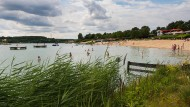 23 Grad Wassertemperatur, keine Beanstandungen bei der Qualität: Im Strandbad Rodgau lässt es sich derzeit ruhigen Gewissens schwimmen.