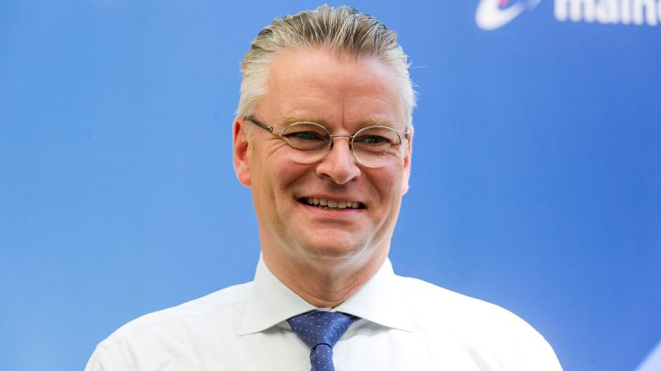 Constantin Alsheimer ist Vorstandsvorsitzender des Frankfurter Energiekonzerns Mainova.