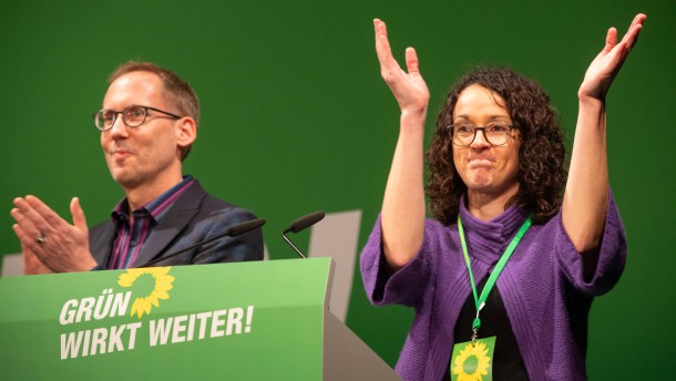 Hessens Grüne mit Mitglieder-Sprung