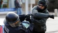 CDU für härtere Strafen nach Gewalt gegen Polizisten