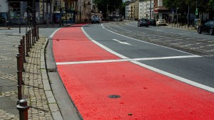 Alles rot auf der Friedberger Landstraße