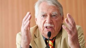Kopie von Freie Waehler informieren ueber Verfassungsbeschwerde