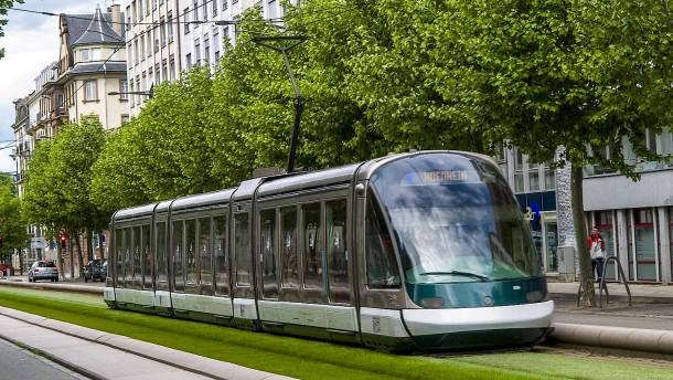 """""""Wiesbaden braucht eine moderne Stadtbahn"""""""