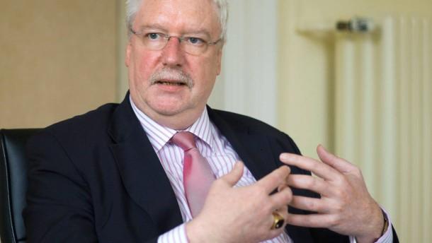 Jörg-Uwe Hahn  - Interview mit dem hessischen Justizminister und F.D.P.-Landesvorsitzenden im Justizministerium in Wiesbaden.