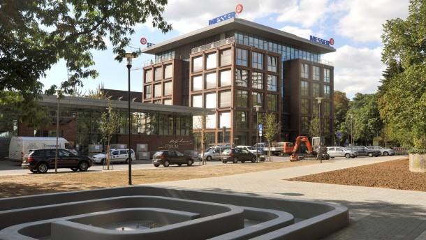 Messer-Gruppe - Das Unternehmen nimmt ihren neuen Konzernsitz in Bad Soden in Betrieb.