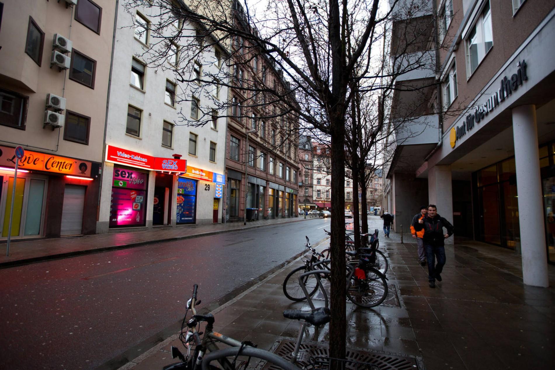Kassel straßenstrich Schillerviertel: Sex