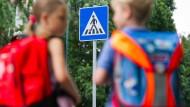 Zu Fuß zur Schule statt mit dem Elterntaxi