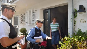 Im Kampf gegen Einbrecher von Tür zu Tür
