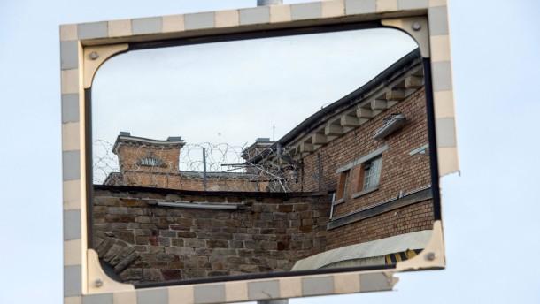 Gefangene der jva butzbach beenden protestaktion for Spiegel leserreisen