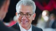 Auf Dienstreise in China: Hessens Wirtschaftsminister Tarek Al-Wazir (Grüne)