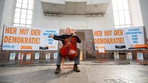 Der mit dem Cello tanzt